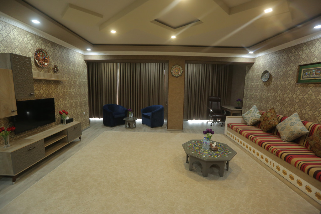 Room 3705 image 38922