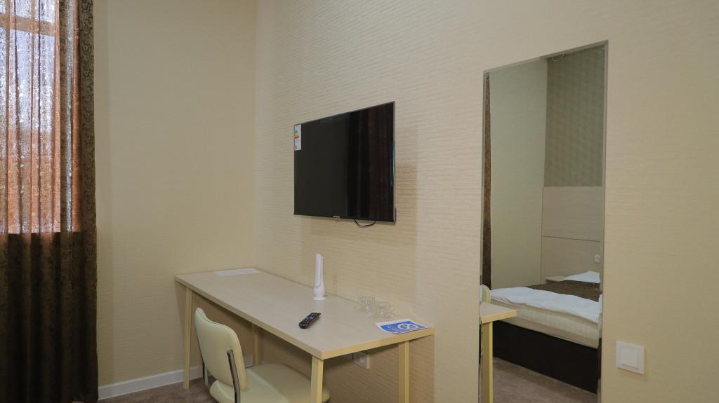 Room 3722 image 35767