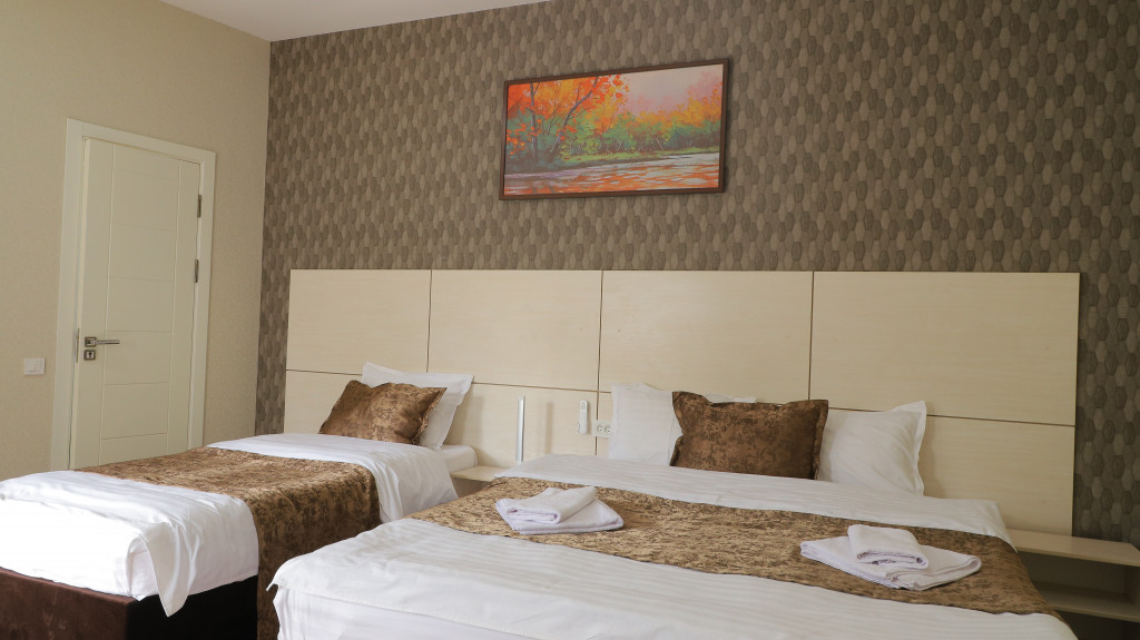 Room 3721 image 35781
