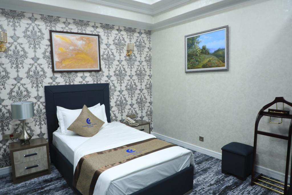 Room 3795 image 36066