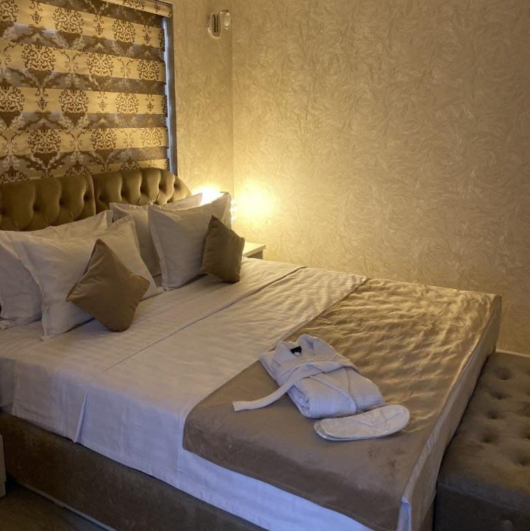 Room 3811 image 36378