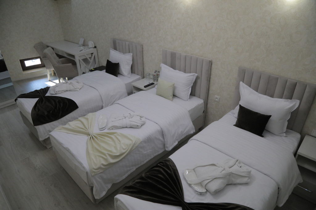 Room 3807 image 38776