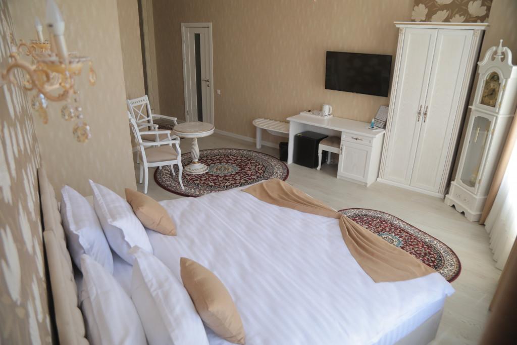 Room 3811 image 38794