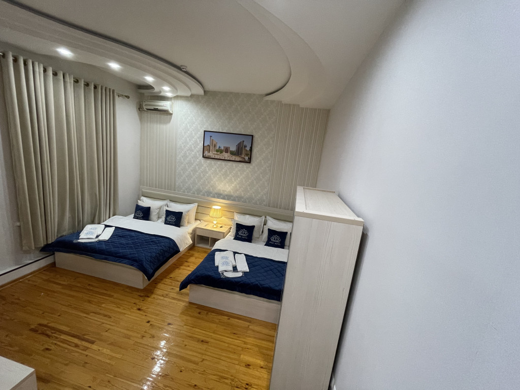 Room 3840 image 36917