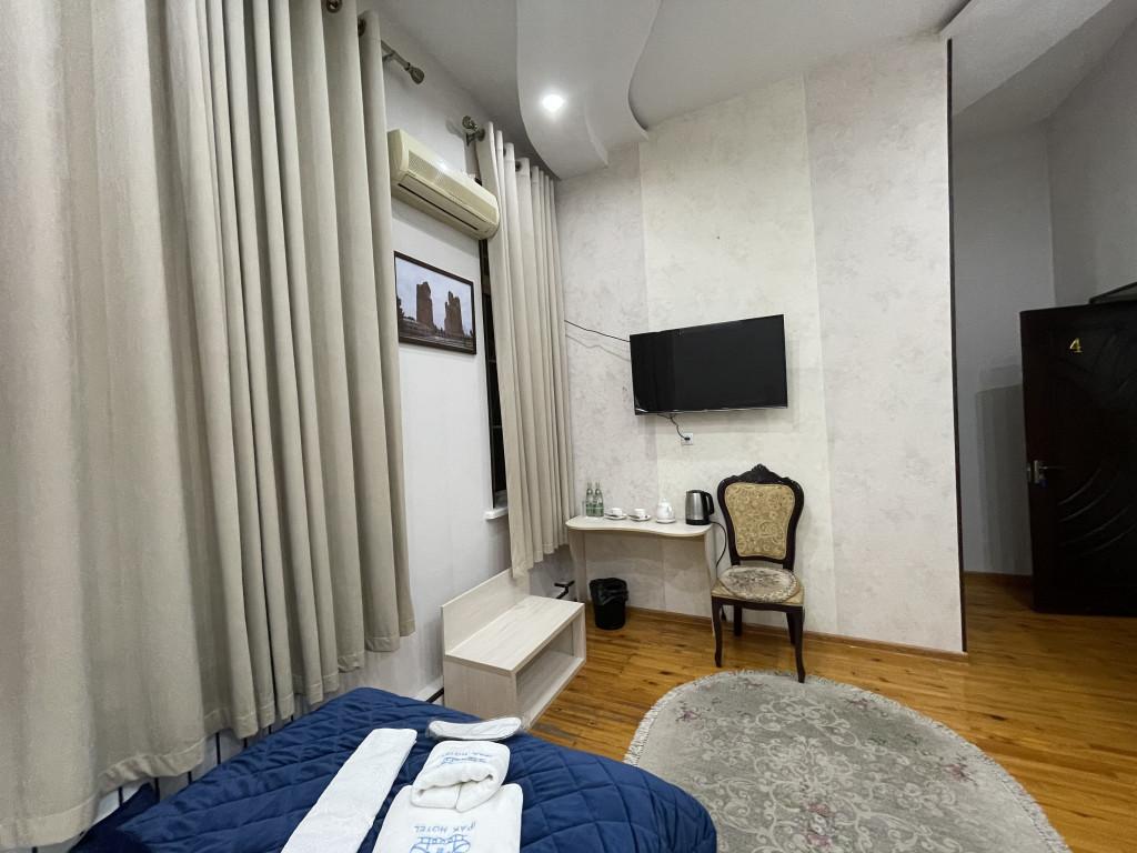 Room 3838 image 36972