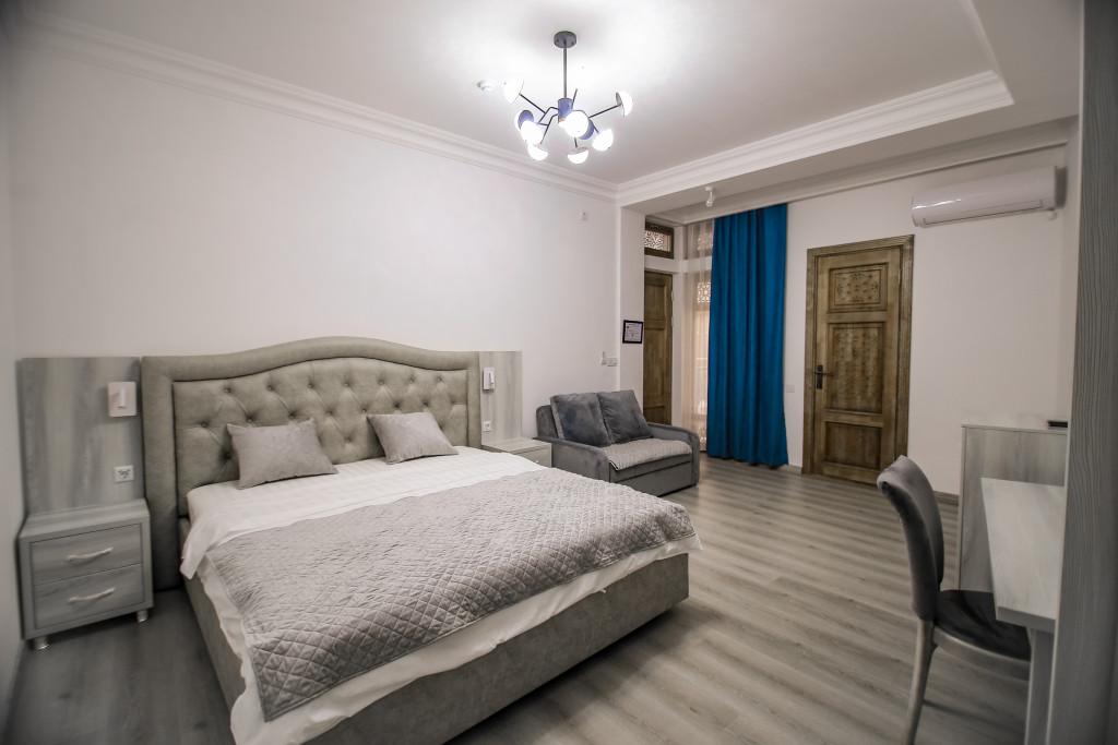 Room 3851 image 37233