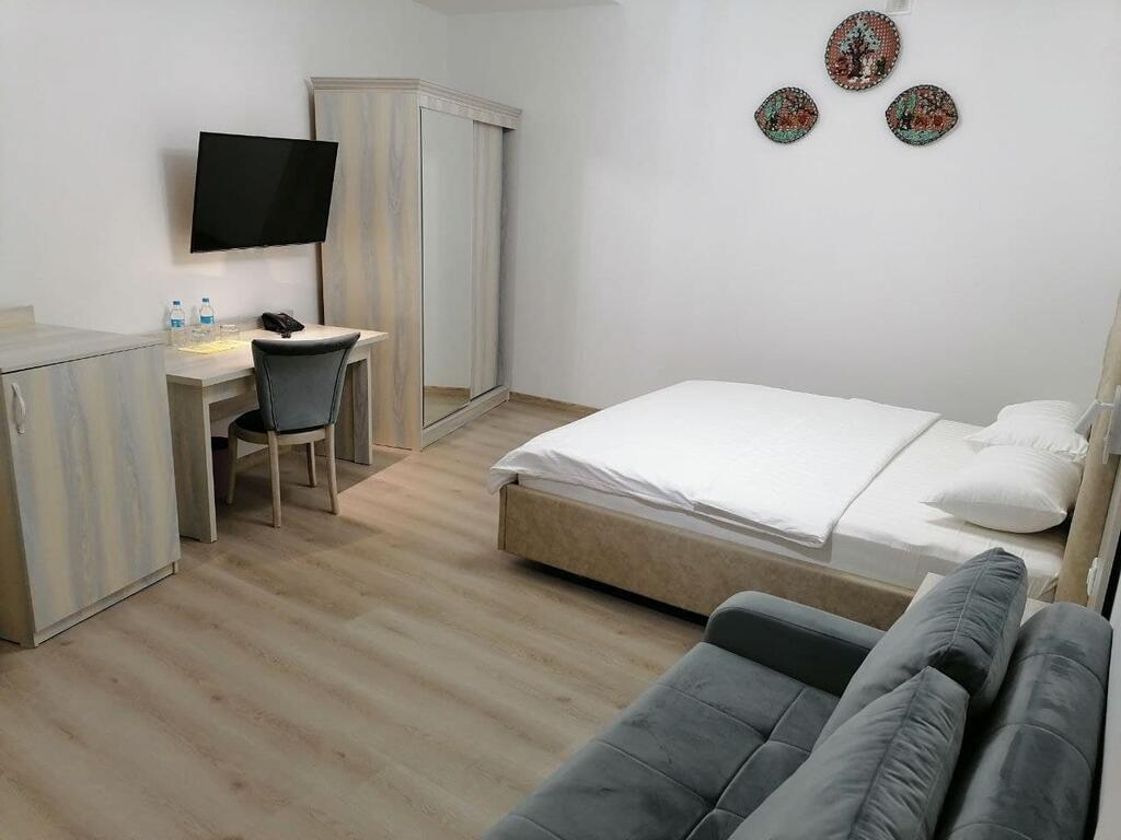Room 3851 image 39242