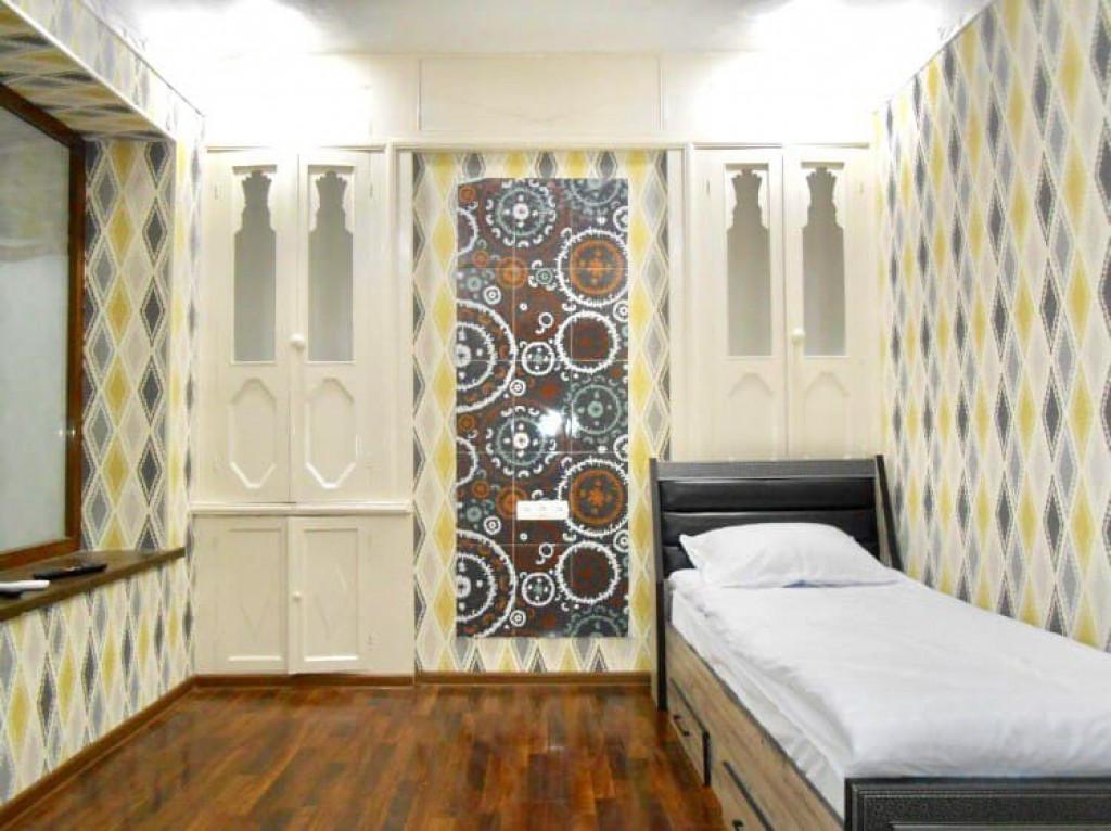 Room 3881 image 40419