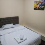 Room 3908 image 37536 thumb