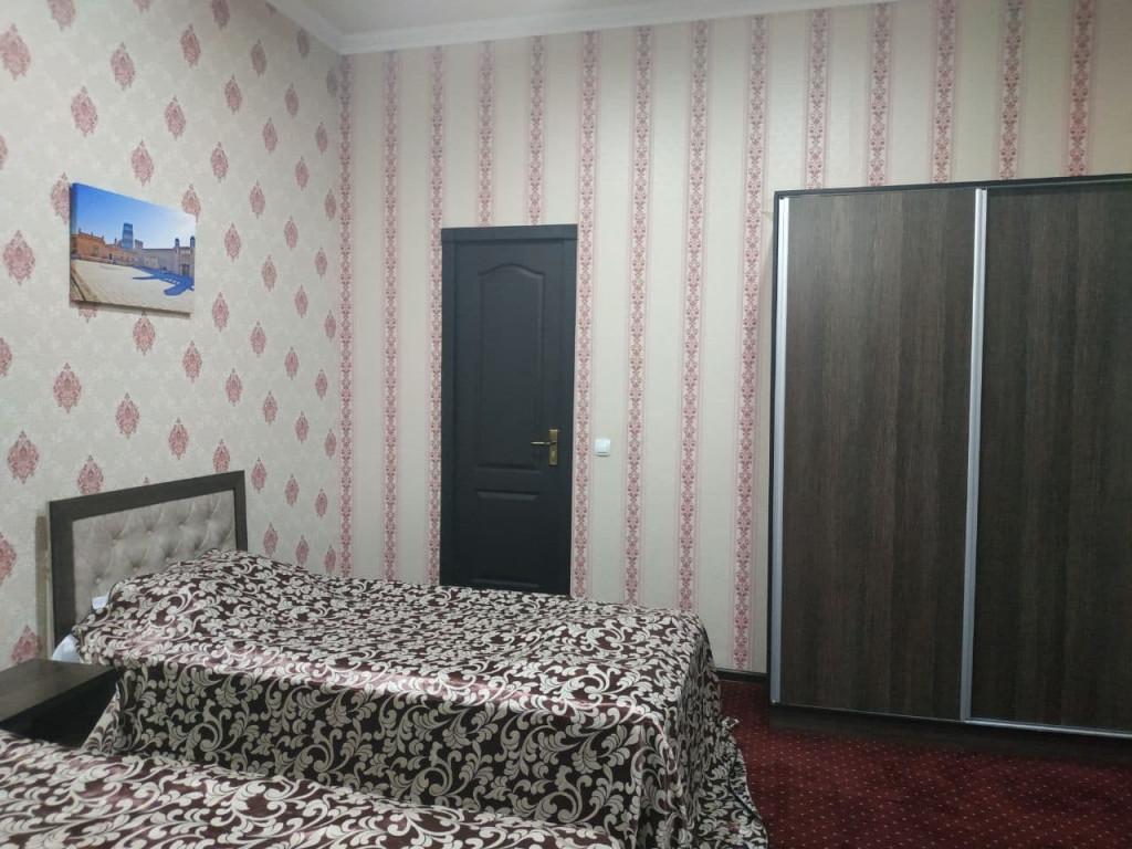 Room 3909 image 37543