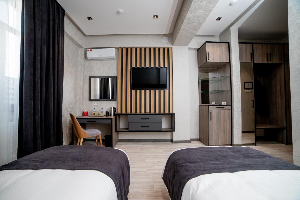 Room 3918 image 37494
