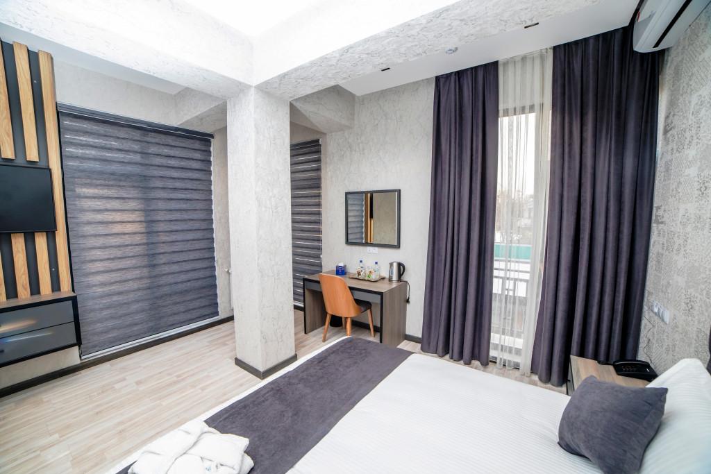 Room 3920 image 37508