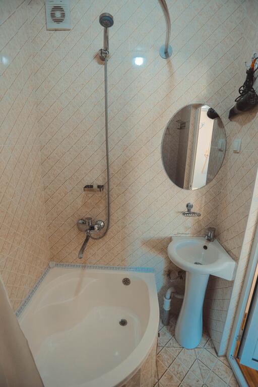 Room 3949 image 38721