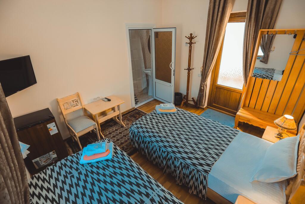 Room 3949 image 38723