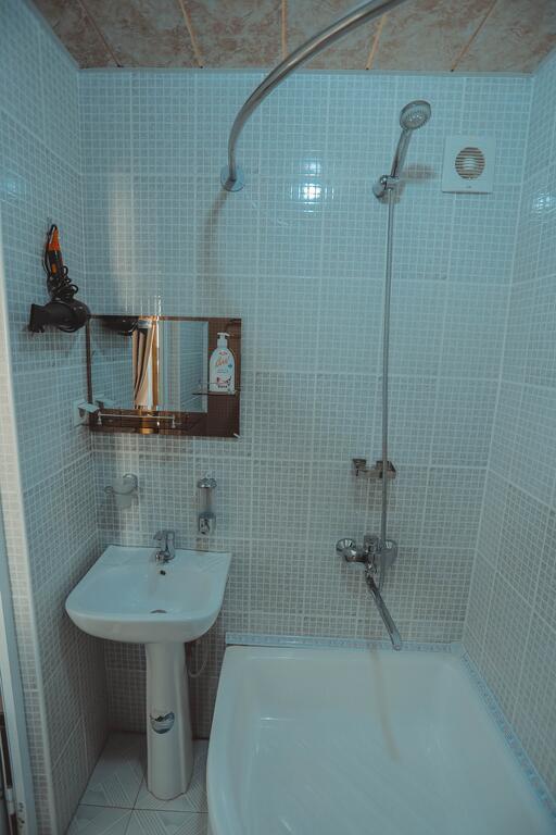 Room 3949 image 38732