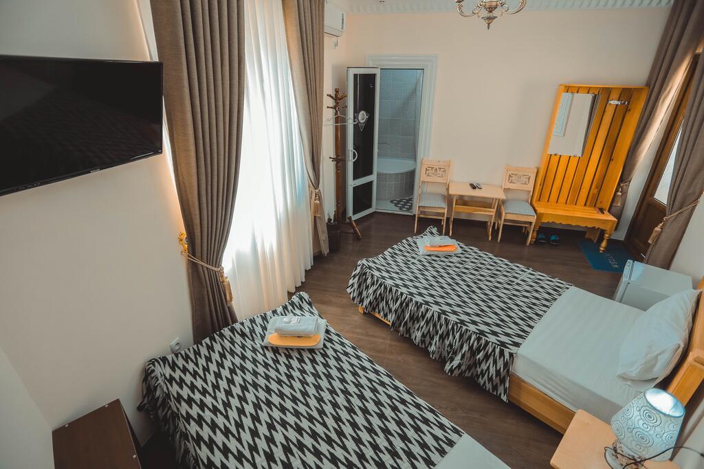 Room 3949 image 38736