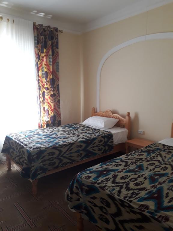 Room 3951 image 38714
