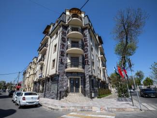 Leader Hotel - Image