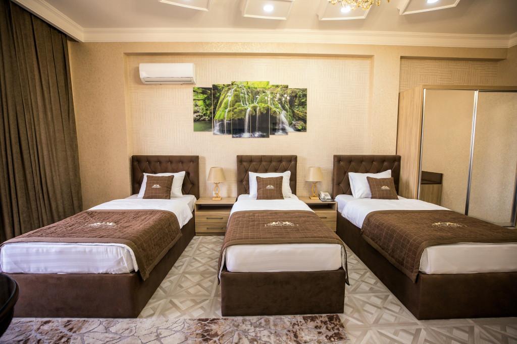 Room 4069 image 39999