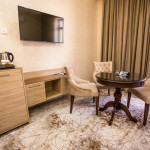 Room 4069 image 40000 thumb