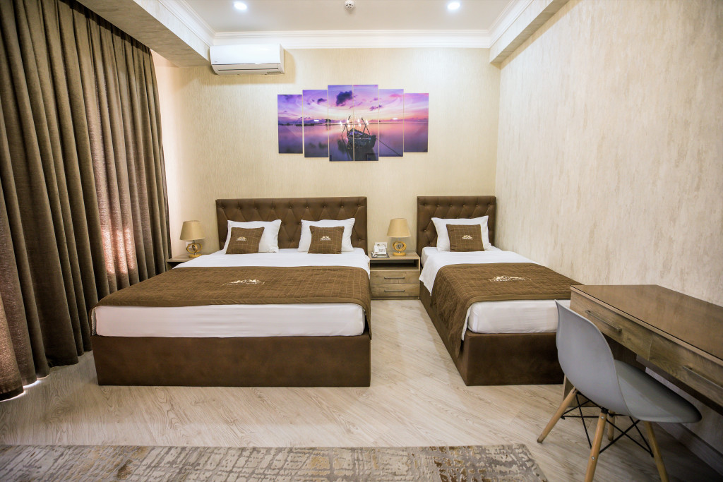 Room 3983 image 40006