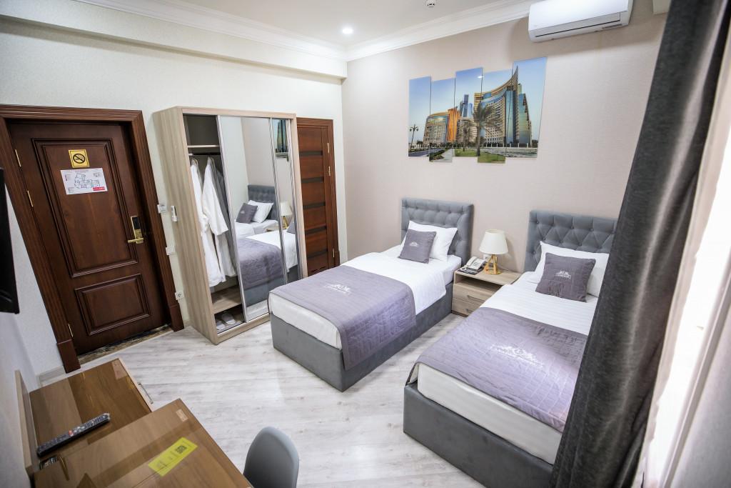 Room 3982 image 40021