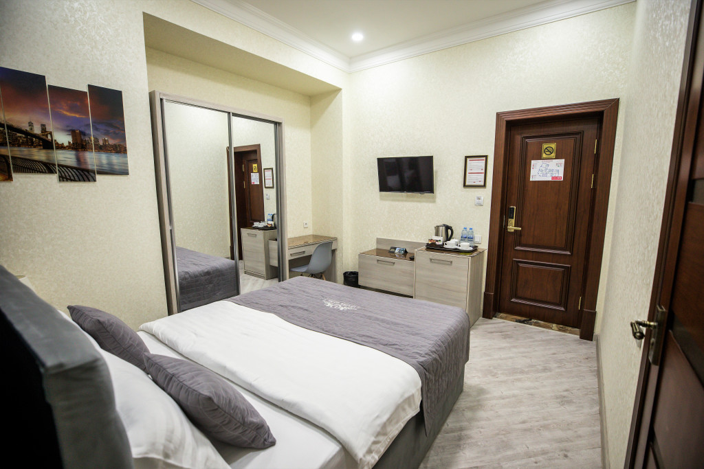 Room 3980 image 40034