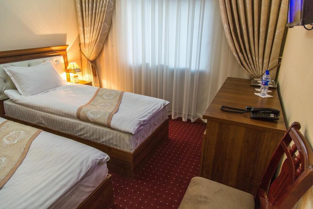 Room 4101 image 39684