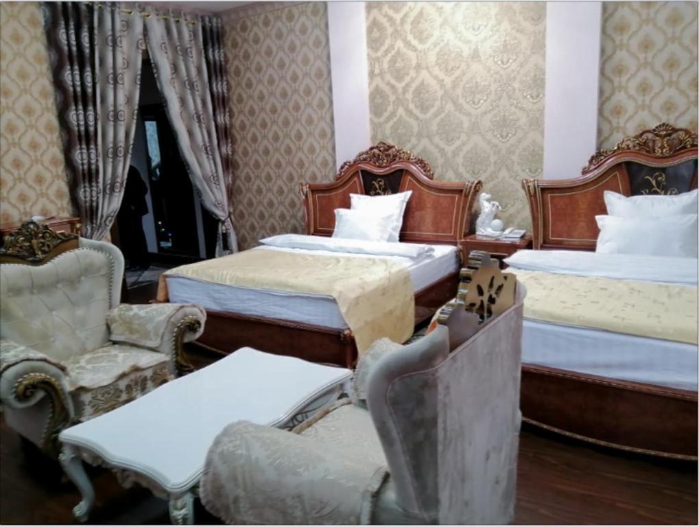 Room 4067 image 39172