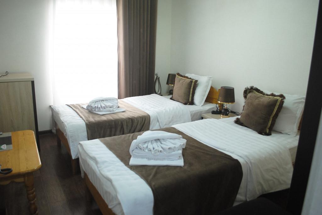 Room 4020 image 39455
