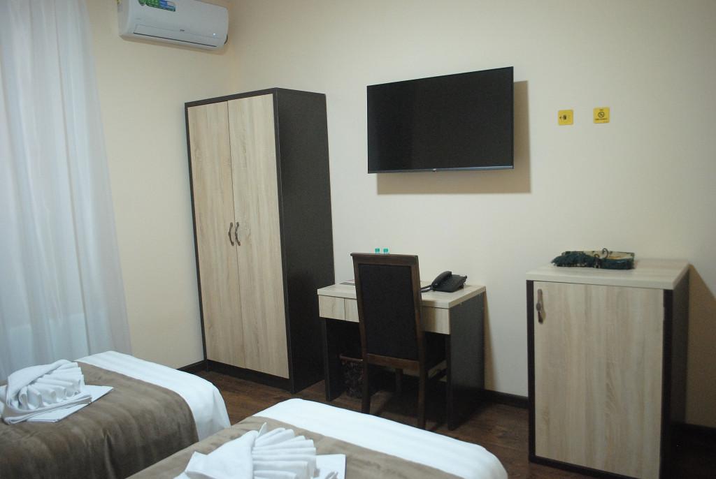 Room 4020 image 39461