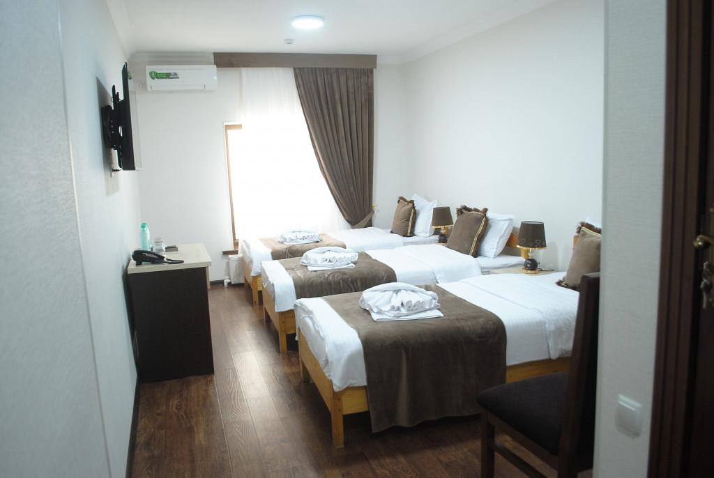 Room 4025 image 39462