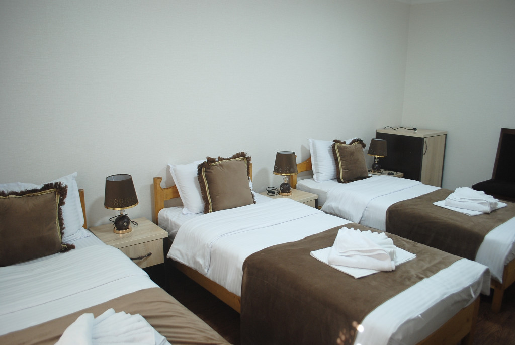 Room 4025 image 39463