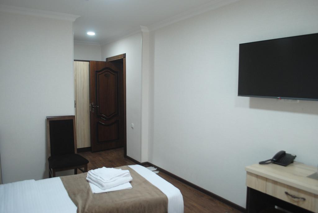 Room 4025 image 39464