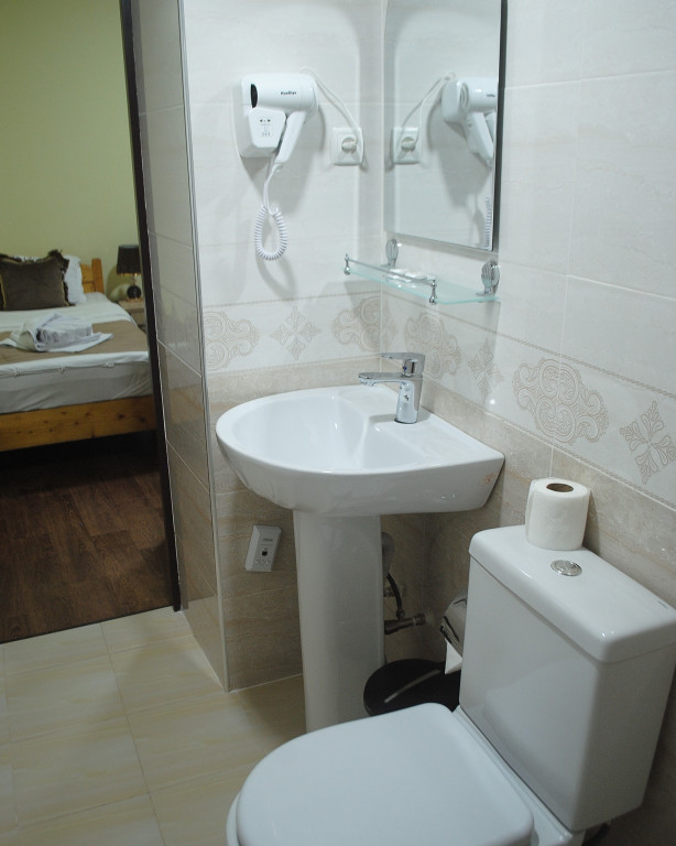 Room 4020 image 39480
