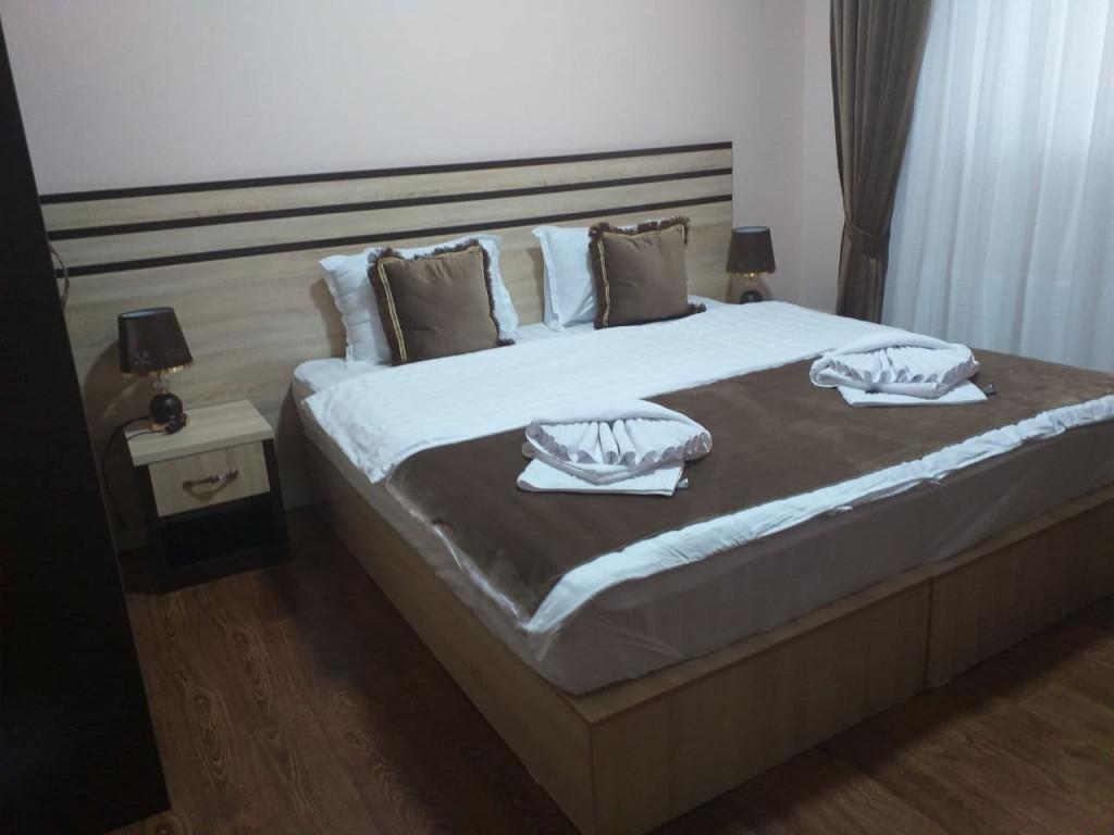 Room 4024 image 40086