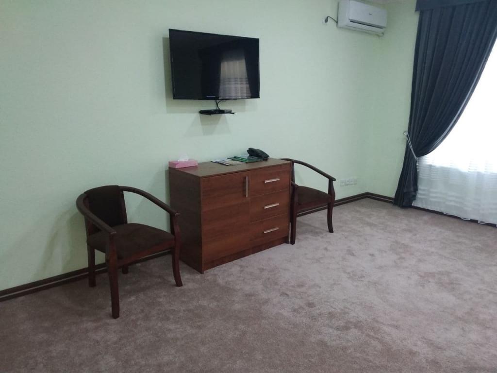 Room 4030 image 39382