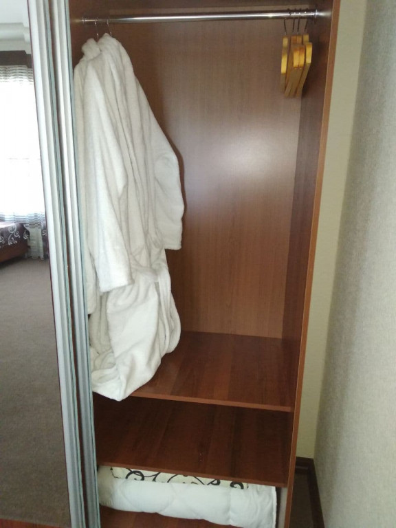 Room 4030 image 39388