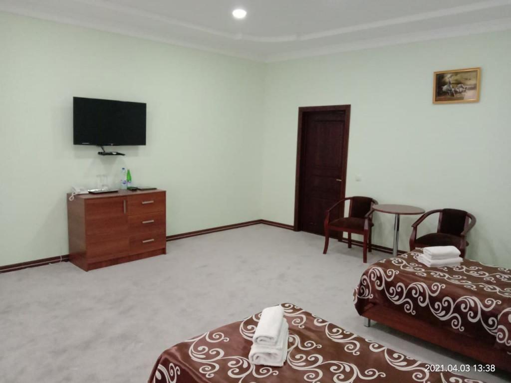 Room 4030 image 39407