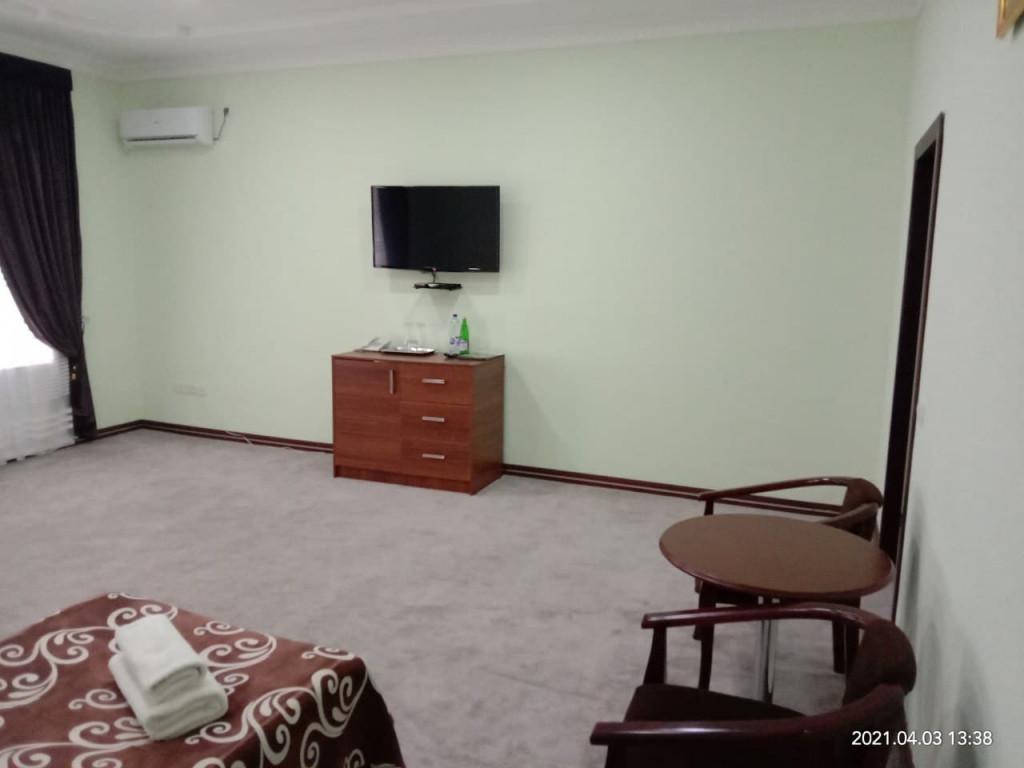 Room 4030 image 39411