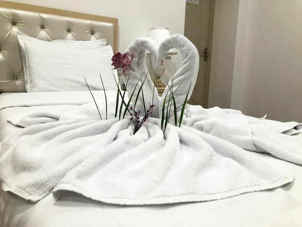 Room 4051 image 39351