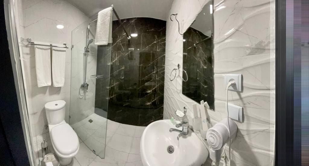 Room 4184 image 40522