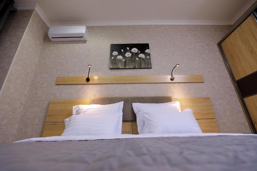 Room 4204 image 40843