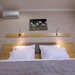 Room 4204 image 40843 thumb