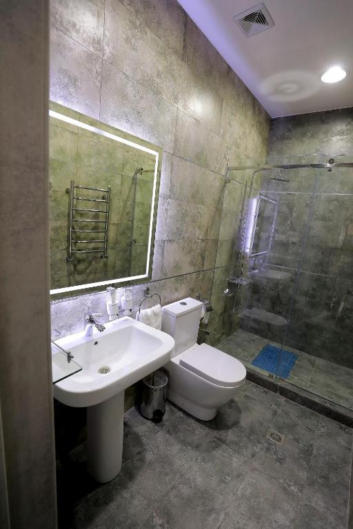 Room 4204 image 40846