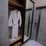 Room 4204 image 40847 thumb