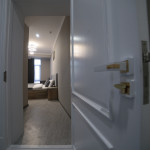 Room 4212 image 40777 thumb