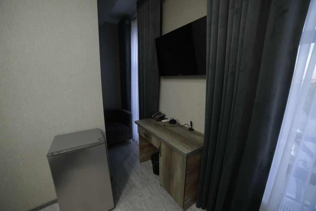 Room 4212 image 40786