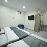 Room 4211 image 40793 thumb
