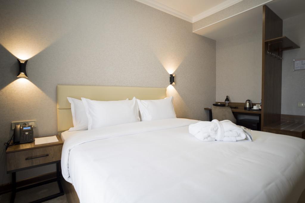 Room 4276 image 41820